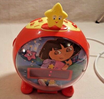 Dora the Explorer Red Digital AM FM Radio Alarm Clock - TESTED and WORKS