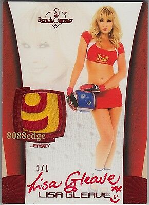 2012 Benchwarmer Soccer Jersey Auto: Lisa Gleave #1/1 Worn Swatch Red Autograph