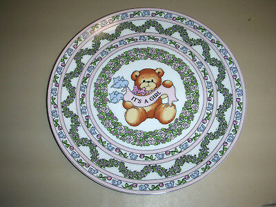 """Lucy & Me Bear """"It's A Girl"""" Baby Plate Lucy Rigg ENESCO 1986 ~ Vintage ~ 8"""""""
