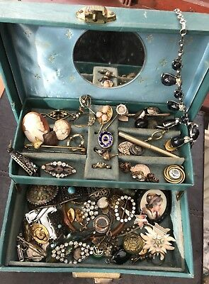 Vintage Jewellery /Mixed Lot . . Brooches, Etc. Cameo, Locket.Spares Repair Wear
