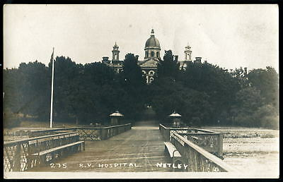 ROYAL VICTORIA MILITARY HOSPITAL, NETLEY. The Pier, Southampton Water. c1905 RP