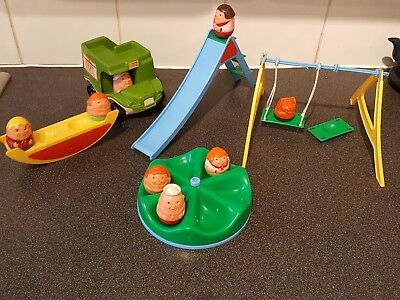 VINTAGE TOYS 1980's WEEBLES PLAYGROUND AND BUS WITH 7 CHARACTERS