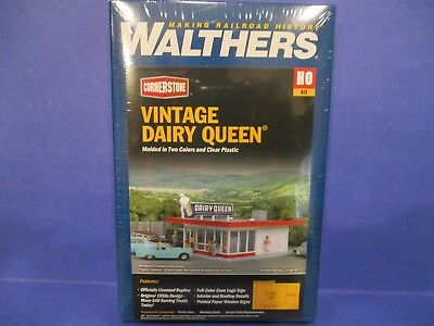 Walthers Ho Structure Kit - Vintage Dairy Queen - New