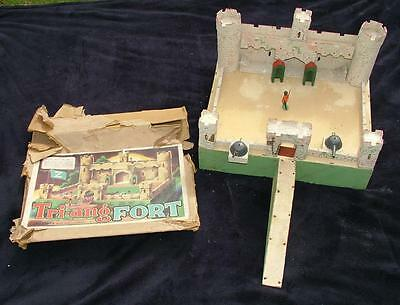 "Vintage Boxed Tri-Ang Wooden ""z"" Toy Soldier Solid Fort"