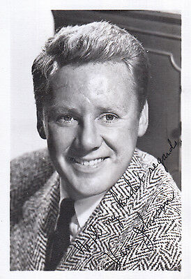 Van Johnson Signed Photo
