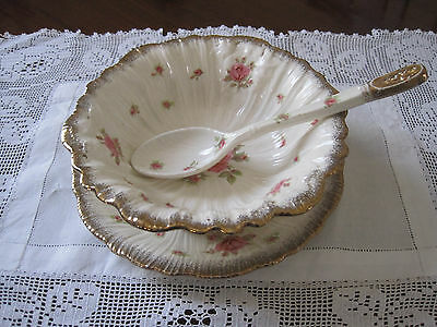 Gorgeous Crown Ducal Pink Roses Drainer With Underplate And Serving Spoon