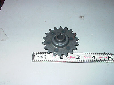 """No 35 Roller Chain Idler Roller 3/8"""" Bore 18 Tooth"""