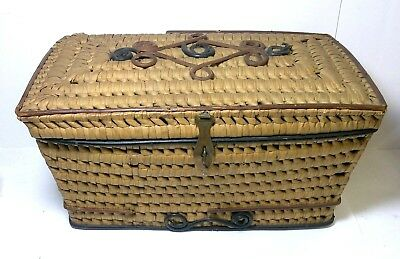 Antique Sewing Basket With Lid And Decorative Brass Hasp