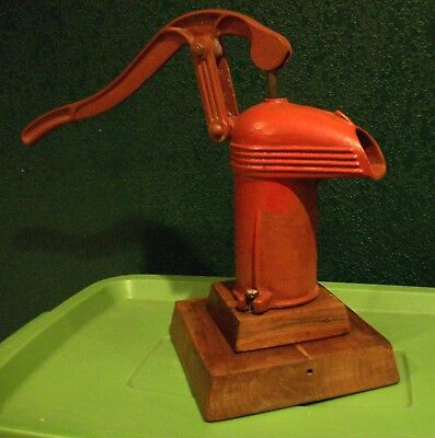 Antique Vintage Art Deco Streamlined Kitchen Hand Water Pump Cast Iron