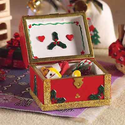 1/12th SCALE DOLLS HOUSE CHRISTMAS CHEST WITH GIFTS