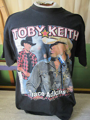 2009 Toby Keith Trace Adkins America's Toughest Tour T-Shirt Gildan Size Large