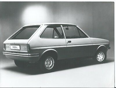 Ford Fiesta L Original Press Photograph Side Rear View Excellent Condition