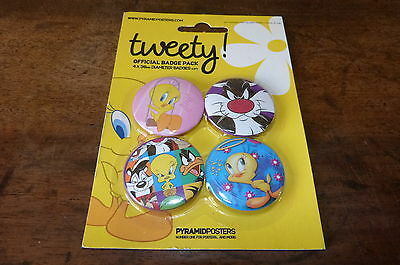 TWEETY ! / TITI ET GROS MINET - Lot de 4 badges !!!!!!!!!!!!