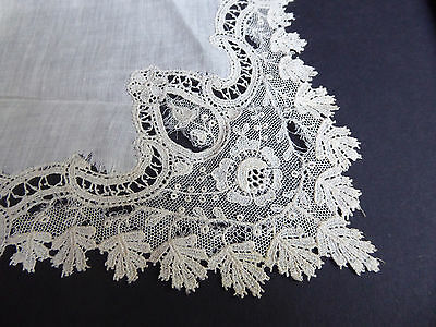 Fancy Antique Lace Handkerchief - White Wedding Lace Border