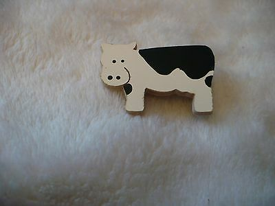 Wo- Wooden Black & White Cow Pin Back Brooch   #51253
