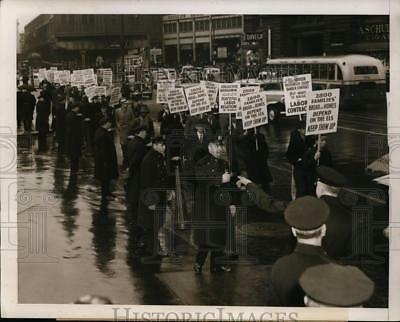 Press Photo New York Transport Workers protested against City Officials NYC