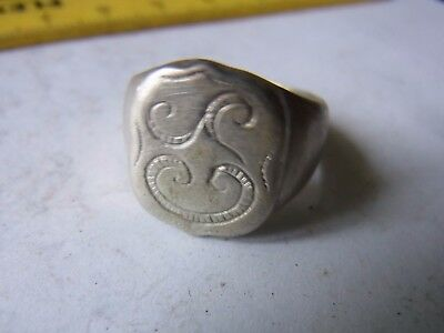 Ancient Silver Ornament Ring