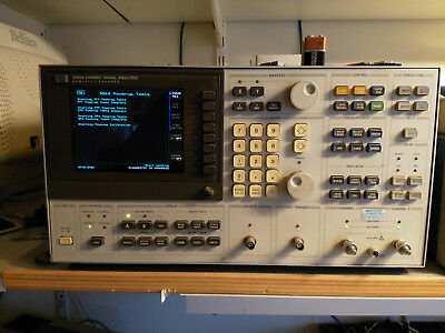 HP 3562A Dynamic Signal Analyzer (with color-lcd upgrade)