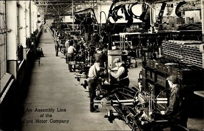 Ak Detroit Michigan USA, An assembly line of the Ford Motor... - 1818668