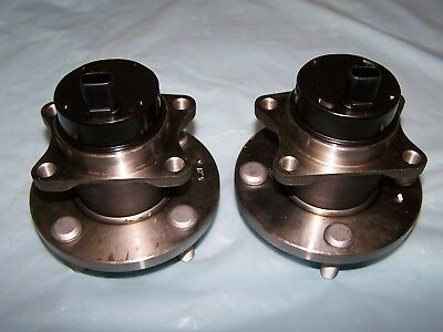 2 Front Wheel Hub Bearing Toyota M2 Sypder Abs 2000 2001 2002 2003 2004 2005