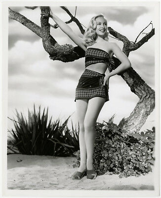 Art Deco Penny Edwards 1940s Pin-Up Vixen Vintage Beach Babe Portrait Photograph