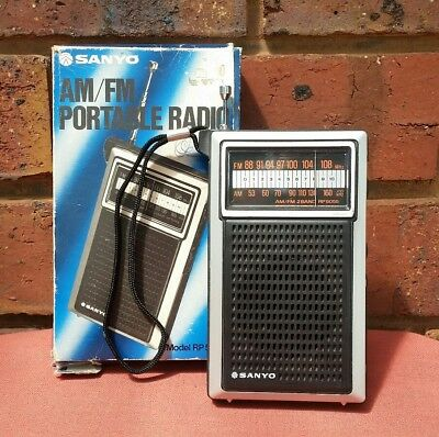 """Vintage """"SANYO Portable AM FM Radio + BOX"""" Model RP5055 Collectable WORKING!!"""