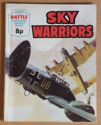 "BATTLE PICTURE LIBRARY # 892 ""Sky Warriors"" War comic published 1975 G / VG."