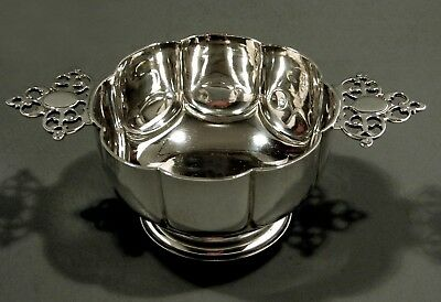 English Sterling Silver Bowl         George III  Style PORRINGER.    1899