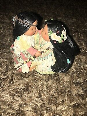 Enesco Friends Of The Feather 1998 Be One Heart, One Spirit Small Figurine
