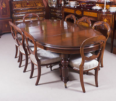 Antique Victorian Oval Dining Table & 8 antique chairs c.1870