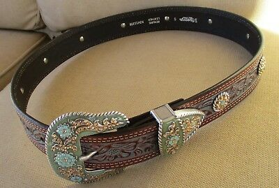 Womens Western Belt Nocano Sz Small gorgeous Bling Detail Flowers Leather