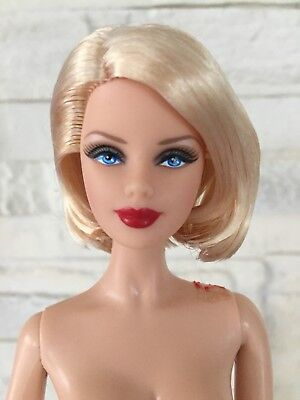 Collector Barbie  Top Model  Basics Model 01 Coll. Red Nude