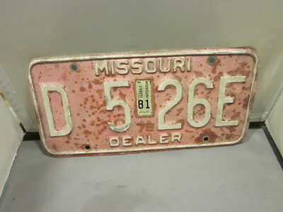 Vintage 1979 1981 Missouri Dealer License Plate Expired Over 3 Years # D 526E