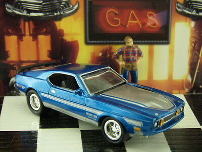 '00 Johnny Lightning 1971 Ford Mustang Boss Loose 1:64 Scale Classic Gold
