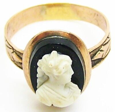 Nice Victorian Gold Hardstone Cameo Ring Elizabethan Lady c. 19th century A.D.