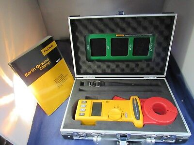 Fluke 1630 Earth Ground Clamp, Excellent Condition, Case, Booklet  NEW