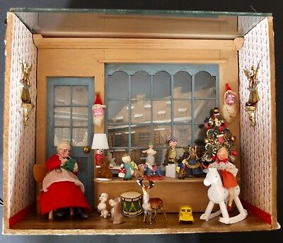 Narcissa Thorne Christmas Room Mrs. Santa Claus With Toys Diorama Or Shadow Box