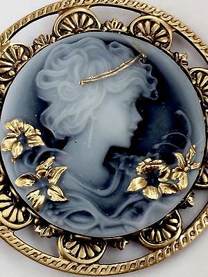 """Large Stamped Brass Victorian Cameo Picture Button """"GOLD LEAFED""""~1 3/4"""" INCH"""