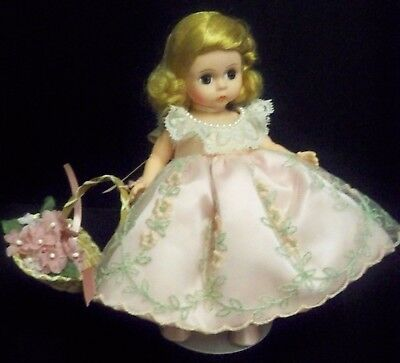 Vintage Madame Alexander Doll Wendy Loves Her Sunday Best Near Mint Condition