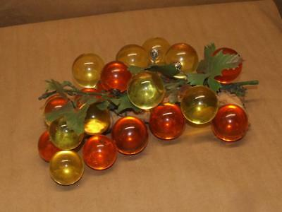"""VTG Mid Century Amber Lucite Acrylic Grapes Cluster on Driftwood 3 lbs 6 oz 12"""""""