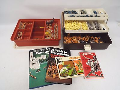 Job Lot of MODEL SOLDIERS, Figures and 4x WARGAMES Models Books  - T04