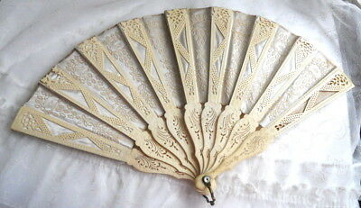 Exquisite! Antique Victorian Lady's Carved & Embroidered Silk Hand FAN Wedding