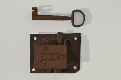 Early 18 Century Iron Trunk/furniture Lock With Original Iron Key