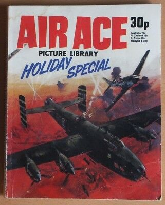 AIR ACE PICTURE LIBRARY 1977 Holiday Special Comic, 192 pages, 30p cover price.