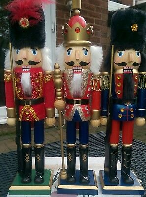 Christmas Nutcracker Soldiers Set Of Three Deluxe Large 38Cms King And 2 Guards