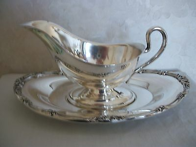 Silver-Plated Gravy/Sauce Serving Bowl with Matching Tray (#0594)