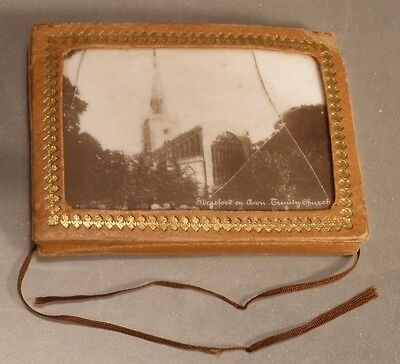 English Tri-Fold Needle Case with Printed Porcelain Lid