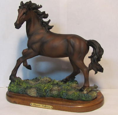 Horse  Statue On Wood Base (Elegante Collection) # 90771