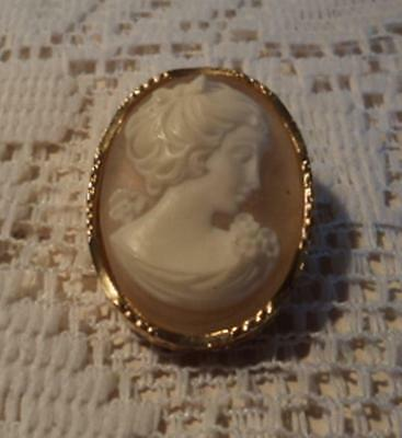 SPHINX Goldtone Cameo Brooch Signed c152