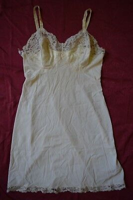 Vintage 1940's White Sexy Stretch Short Nightgown Lace Bust Lingerie Size Small